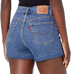 Levi's Mom Shorts in Babe Brigade Blue High Rise